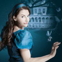 Alice im Wunderland am Schloss Übigau